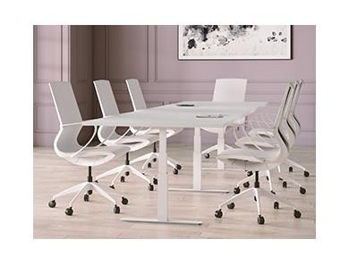 Konferenztisch mit Stühlen | DPJ Workspace